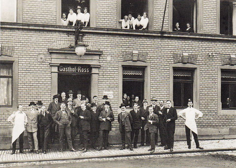 1913 - Gesellschaft des Ruderclubs