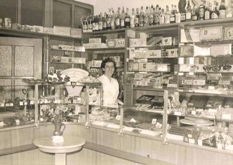 Wally Dill im Cafe Wien in der Bauerngasse 67