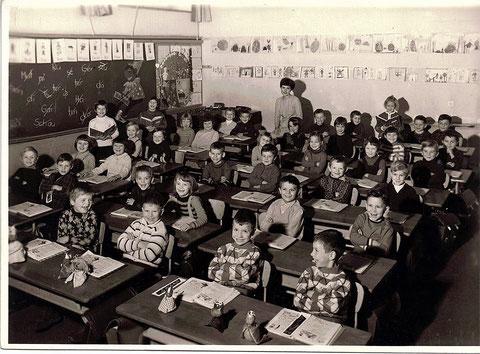 1968/69 in der 1. Klasse Frau Gallmayer in der Auenschule - Danke an Gregor Hofmann