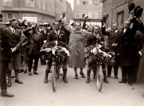 Georg-Wichtermann-Platz 19.3.1933 mit Willy Sachs