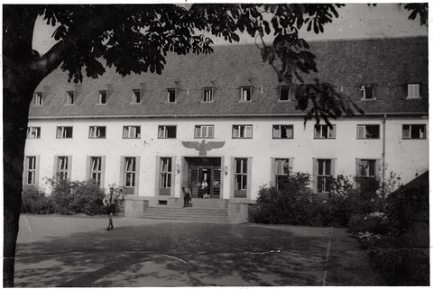 Das spätere DGB-Haus (heute Moschee und islamischer Verein) - hier Haus der Hitlerjugend in der Wilhelmstraße (Ende der 1930er)