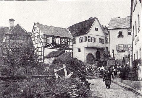 Straßenbild vom Mainberg um 1910