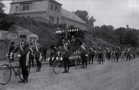 Radfahrverein 1892 unterwegs in den 1920ern