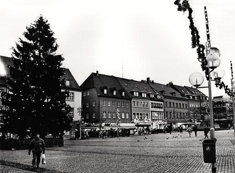 Marktplatz - um die Weihnachtszeit