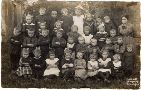 Kinderschule (Kindergarten) Sennfeld 1920