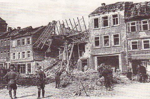 Nach einem Bombenangriff in der Manggasse - 1943/44