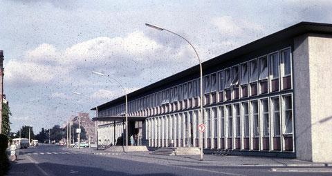 Der Schweinfurter Hauptbahnhof um 1960