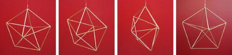 Abbildungen der Pyramide erhältlich bei Agnes Rast-Gyr