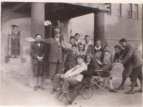 Auch 1929 hatten die Pennäler schon viel Spaß an ihrer Schule Rohstraße 4 Archiv W.Malek