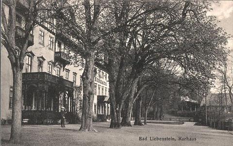 rechts vermutlich das ehemalige Brauhaus, links daneben ein Vorgängerbau der heutigen Musikmuschel - Archiv W.Malek