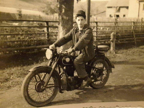 Motorrad RT 125 (1950er) am 30.08.2016 gepostet von Edith G. Leis