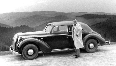 Heinrich Beutel mit PKW Opel Admiral