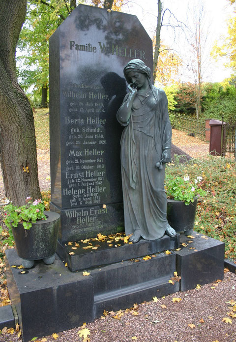 Aufnahme 10/2013 W.Malek - Friedhof zu Schweina