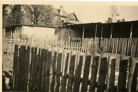 Im Hintergrund die Villa Heller Am Aschenberg - Archiv Lothar Abendroth
