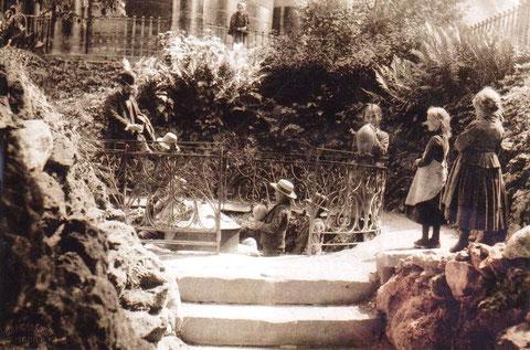 Quelle neben dem Brunnentempel, die 1845 entdeckt wurde -  Archiv Walter Hartmann