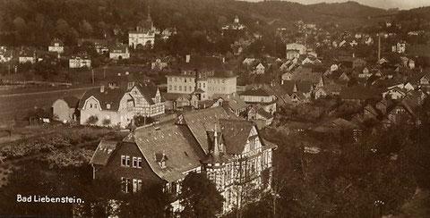 Ehemaliges Pädagogium  von 1900 im Vordergrund darüber das neue Pädagogium von 1920 aufgenommen um 1930 - Archiv W. Malek