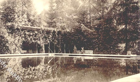 Schwimmbad des Sanatoriums 1908 - Repro W.Malek