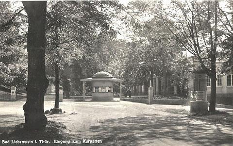 Aufnahme 1940 - Bezahlhäuschen am nördlichen Eingang des Kurgartens - Archiv W.Malek