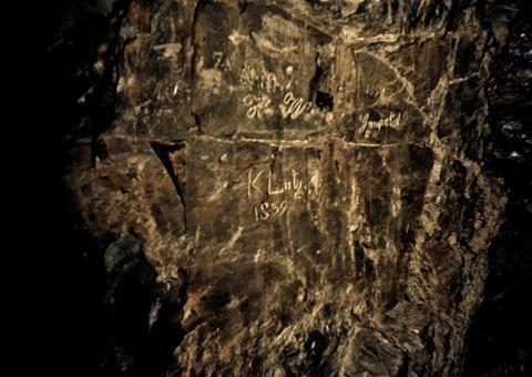 Alte Inschrift im Klingelberg Stollen in Schweina - Quelle Steffen Ziegner