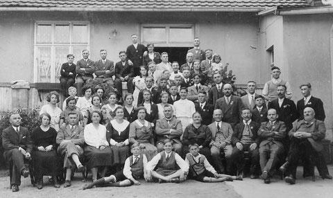 """Belegschaftsfeier im Gasthaus """"Gute Quelle"""" anlässlich 1. Mai 1934"""