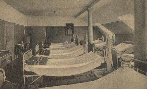 Schlafsaal im Agnesheim - Repro W.Malek