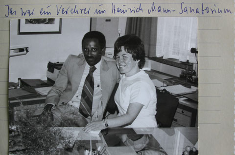 Annerose Friedrich, geb. Trautvetter im Heinrich-Mann-Sanatorium mit Verehrerre