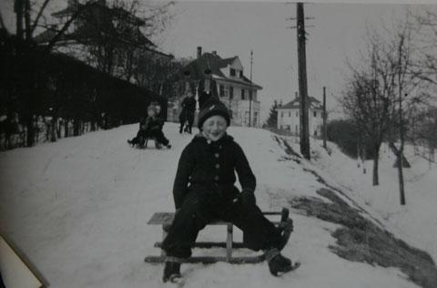 Hans Schreiner am Küppel vor Haus Reum und Haus Schmidt-Rimbach