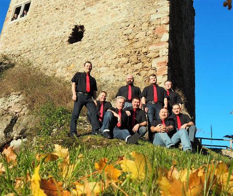 Singer Nine vor Burg Liebenstein im Oktober 2017