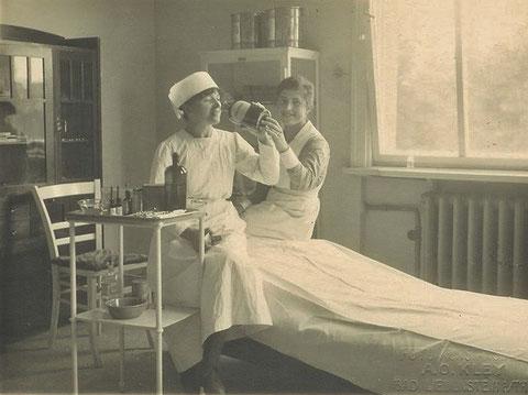 Krankenbett AHA 1920er Foto Kley - Sammlung Kai Ziegler