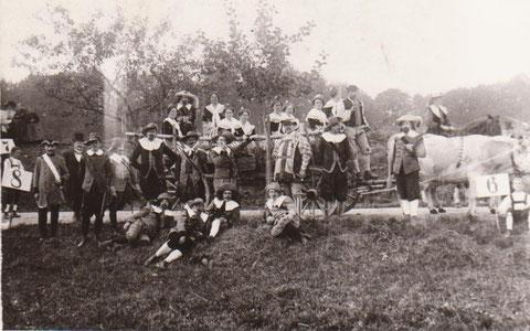 Max Reichs Aufnahme zeigt vermutlich den Historischen Festumzug von 1926- Original im Besitz von Frau Ilg, Bahnhofstr. 17 - Repro W.Malek