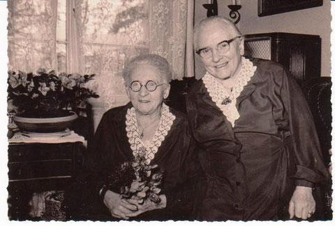 Franziska & Elsbeth Ubbelohde am 80ten von Franzika 02.02.1961 - Archiv W.Malek