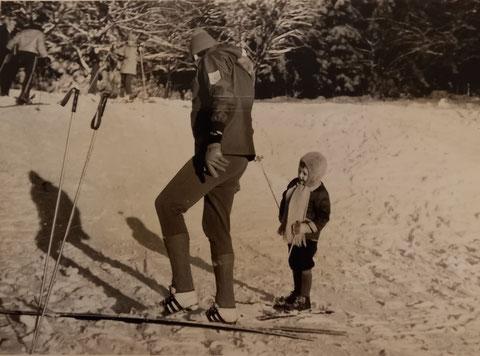 Skilehrer Dietrich vermutlich auf dem Krätzersrasen
