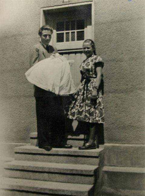 Taufe von Christine Bühling (*17.05.1954, Recherche Jürgen Trautvetter)  - Bildquelle Annerose Friedrich