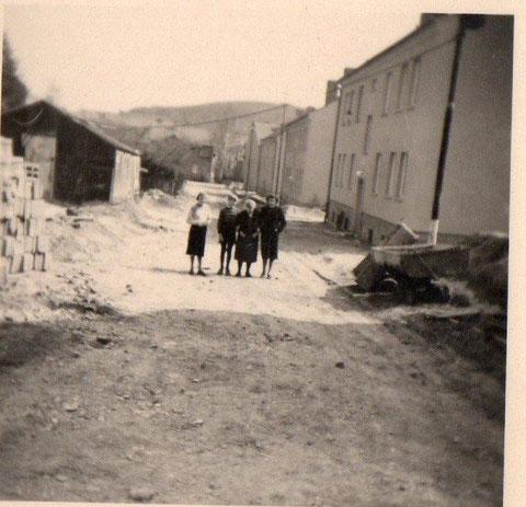 Blick die Rohstraße hinunter - Aufnahme 1955 Archiv L. Abendroth
