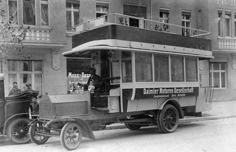 Daimler Doppeldecker Kraftomnibus von 1907 - gemeinfrei wikipedia
