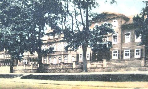 Sanatorium von der Promenade oder Hauptstrasse - Repro W.Malek
