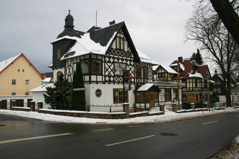 Aufnahme Januar 2013 - rechts daneben das ehemalige Kurheim Schilling