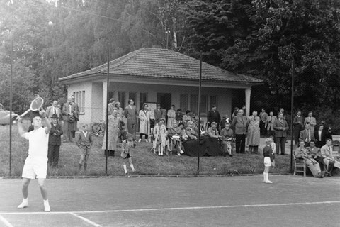 Tennisanlage 1956 gemailt von Hajo Schilling am 27.05.2020