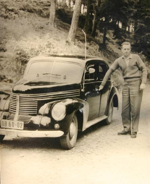 Horst Müller mit Opel Kapitän - Sammlung E.Müller