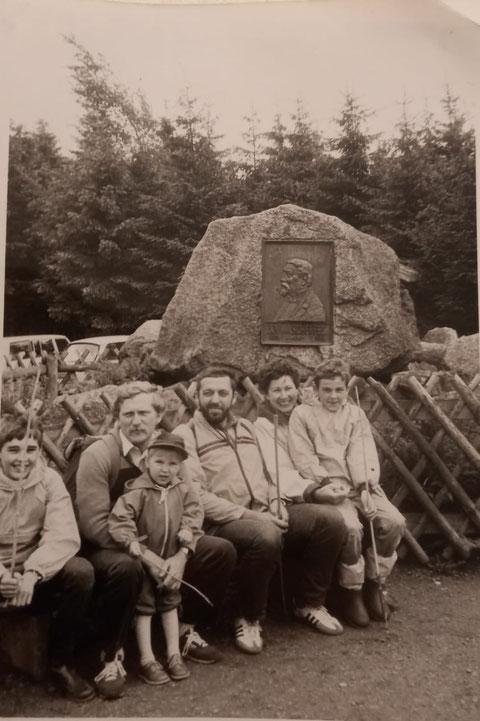 Mit Familien auf seinem geliebten Dreiherrnstein