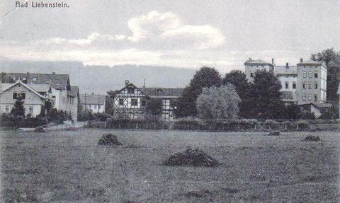 Rechts der Meininger Hof, vorne der Jugendpark - Archiv W.Malek