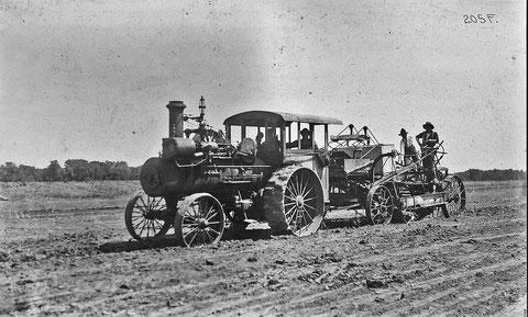 Dampftraktor 1904 USA - gemeinfrei