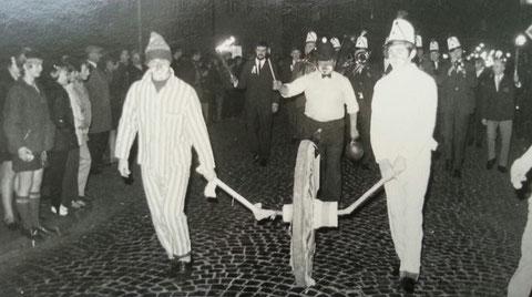 1969 ;mit Fackel R.Weinberger,vorn Schlumper,rts.Fridolin(Trompete) u.R.Weitz