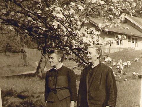 Aufnahme von 1920 Rudolf Floßmann und Frau - Archiv Günter Schwesinger