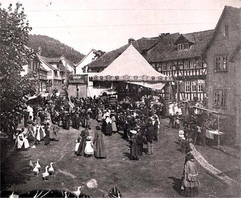 Schützenfest mit Deutscher Reichsschießhalle am Steimicher Markt - Sammlung Wolfgang Schütz