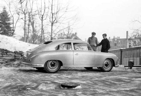 Lindner-Porsche Verkehrsmuseum Dresden auf Anfrage Herr Willer