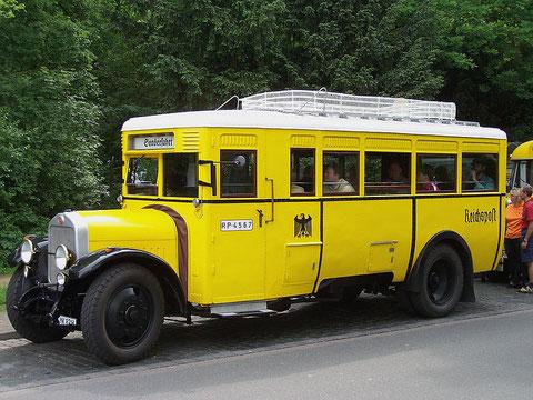 Vorgängerwagen DAAG-NACO von 1925 der Liebensteiner Saurer-Busse in den 1930ern