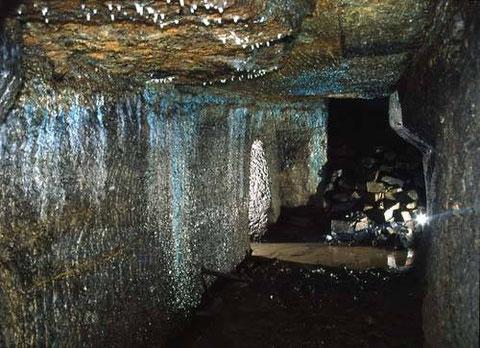 Der Klingelbergstollen , ein bedeutendes Relikt der Bergbaugeschichte mitten in Schweina - Aufnahme Sven Grauel