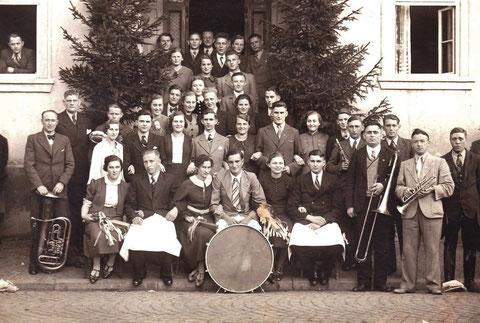 Kirmes 1938 in Schweina Hofgarten - Archiv Elfriede Mosebach