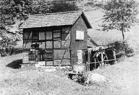 Schleifkotte von Gustav Eichel im Sommer - Sammlung Udo Stoll